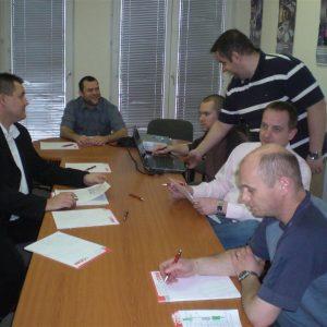 Táv- és csoportmunka terület modul oktatás